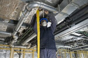 AC Duct Cleaning - BreezeCool - AC Repair and ac Maintenance Company in Dubai Dubai AC Maintenance Service & Tune-Up - Dubai AC Repair Service - Emergency-AC-Maintenance-Repair-Service-in-Dubai